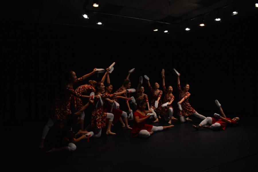 Students from Advanced Dance I perform during their showcase . Credit: Ellis Becker '18/Chronicle