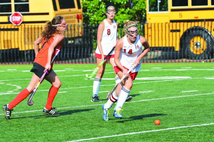 Claire Quinn '16 moves the ball during Sept. 8 game against Edison High School. Carina Marx/Big Red