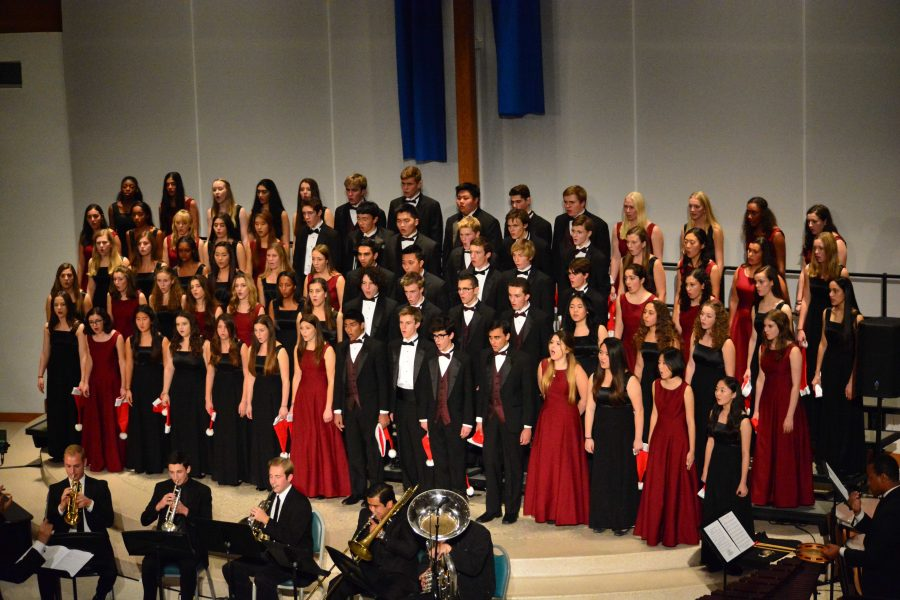 Combined choir sings a piece at the annual Winter Choir Concert. Credit: Ellis Becker/Chronicle
