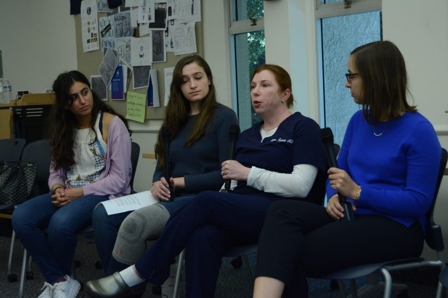 Obstetrcian-gynecologist Layne Kumetz '94 provides students with advice on pursuing medical careers. Clinical social worker Rebecca Neubauer '07 joined Kumetz to answer questions. Credit: Crystal Baik/Chronicle