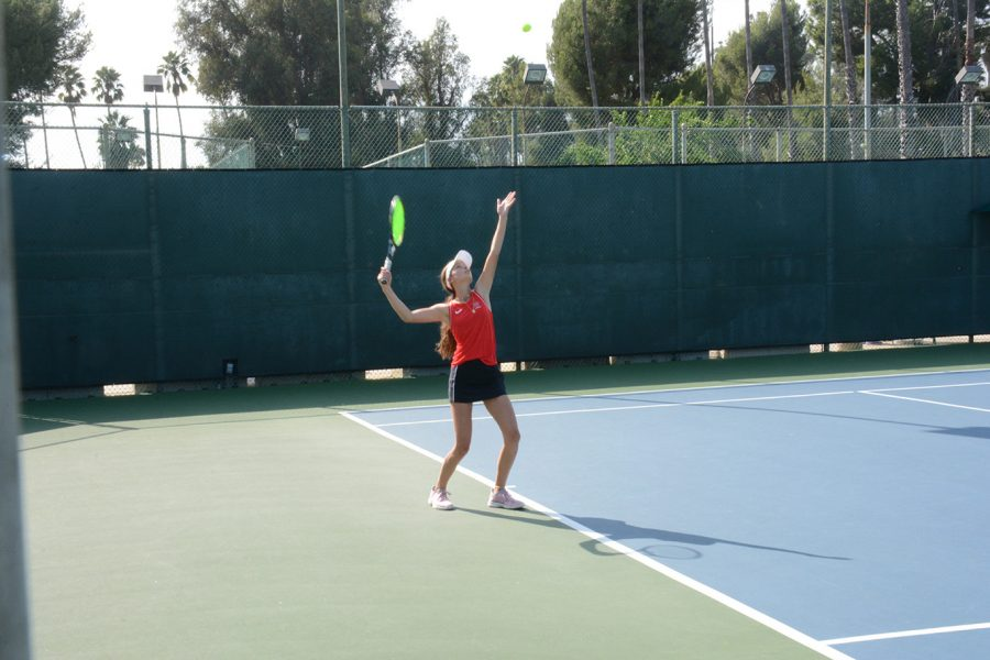 Annabelle+Nickoll+23+gets+ready+to+serve+the+ball+to+her+opponent+in+the+loss+to+Mira+Costa+today.+Credit%3A+Zack+Schwartz%2FChronicle.+
