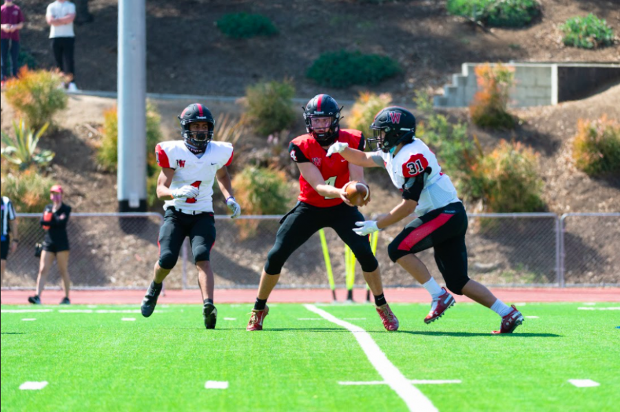 Kicking+off+the+Season%3A+Football+team+scrimmages+with+Brentwood+School